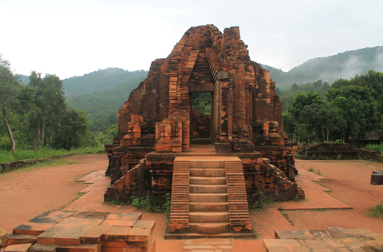 The best ancient temples and ruins in Asia -- My Son