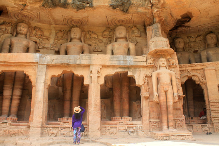 The best ancient temples and ruins in Asia -- Jain sculptures, India