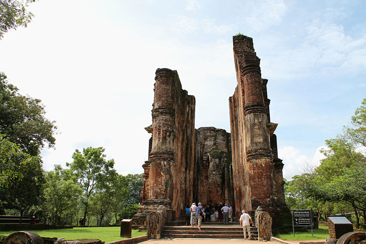 The best ancient temples and ruins in Asia -- Polonnaruwa, Sri Lanka
