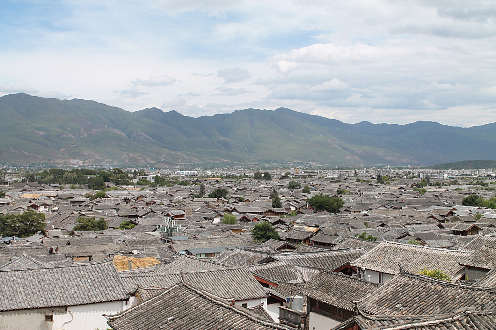 Lijiang is one of the busiest towns you'll see while backpacking in Yunnan