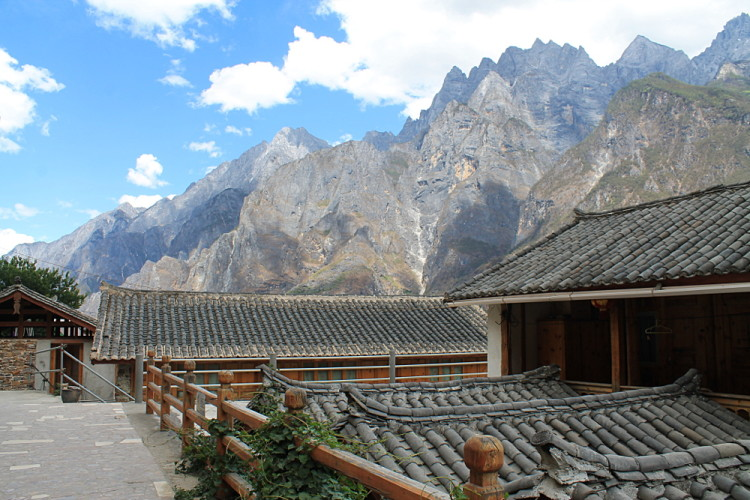 Tiger Leaping Gorge is a great trek while backpacking in Yunnan, China