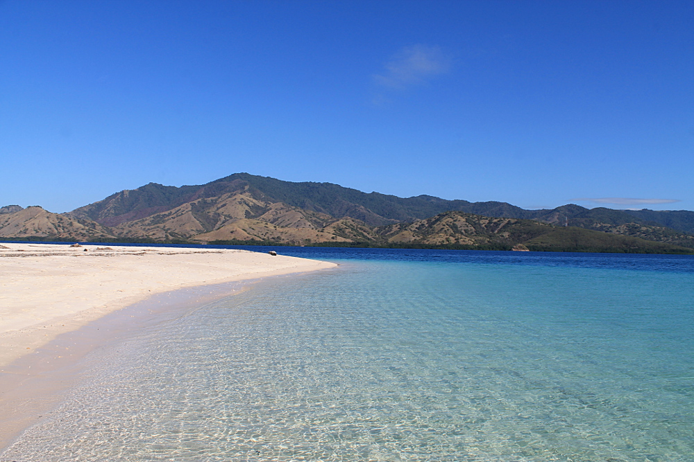 A perfect beach in the 17 Islands Marine Park in Riung, Flores, Indonesia