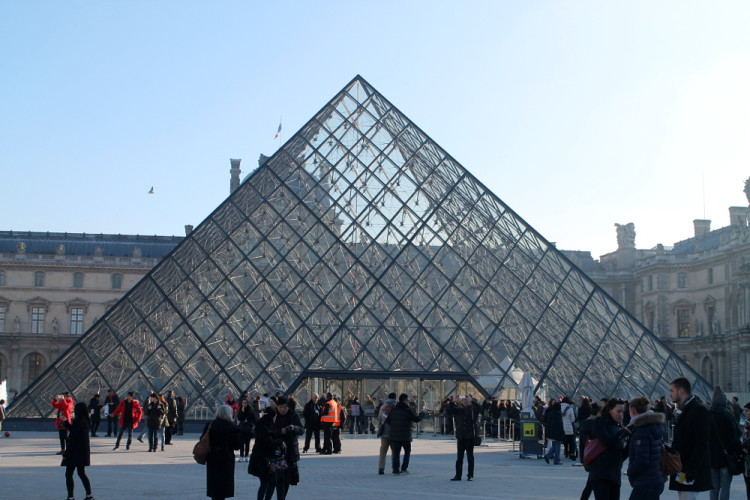 Two days in Paris, extreme sightseeing: The Louvre pyramid
