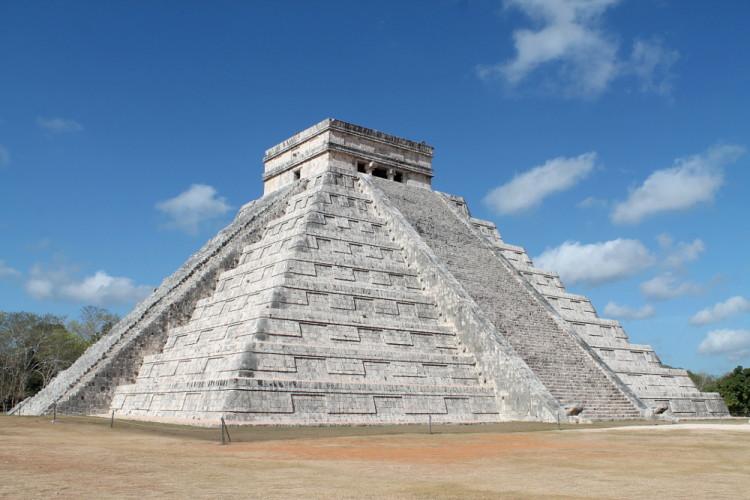 El Castillo at Chichen Itza, Mexico - one of the 7 wonders of the world