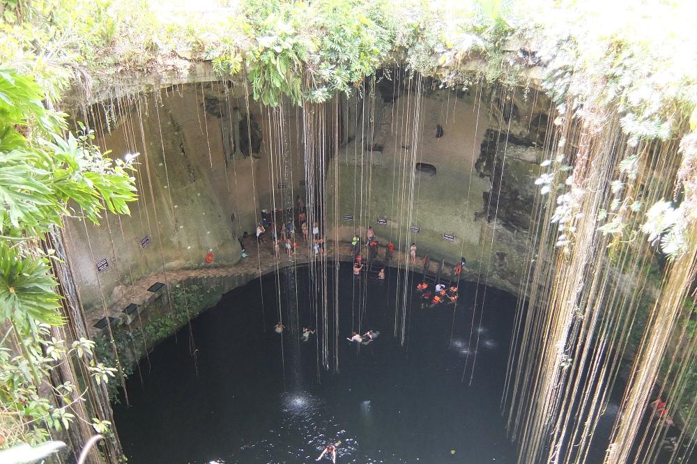Ik Kil Cenote, close to Chichen Itza, Yucatan, Mexico