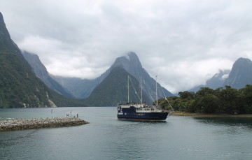 A day trip to Milford Sound from Queenstown, New Zealand