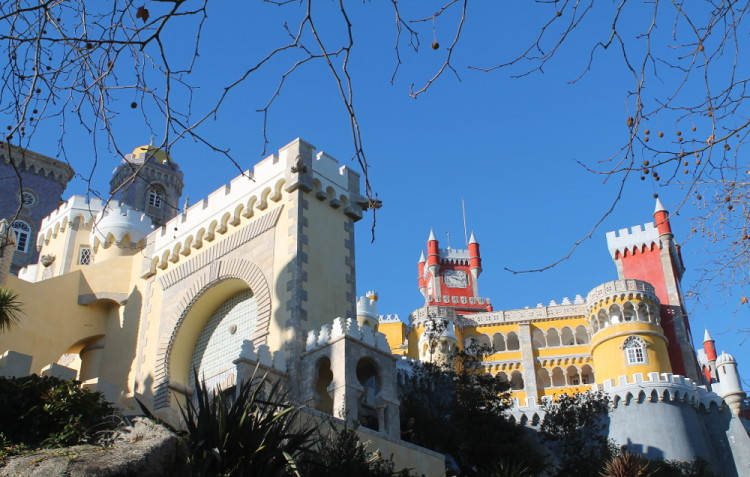 Crazy castles and palaces: A day trip to Sintra, Portugal