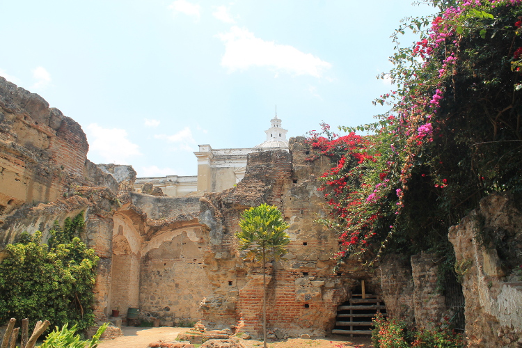 church-ruin-antigua-guatemala