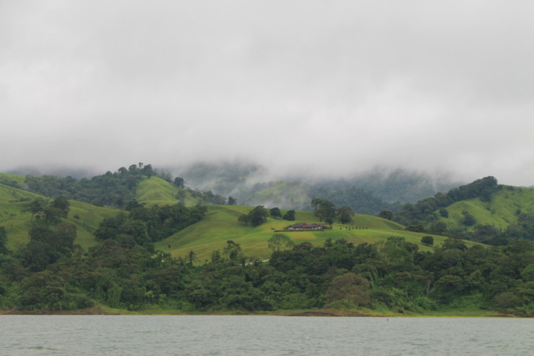Budget backpacking in Costa Rica - the bus/boat from La Fortuna to Santa Elena