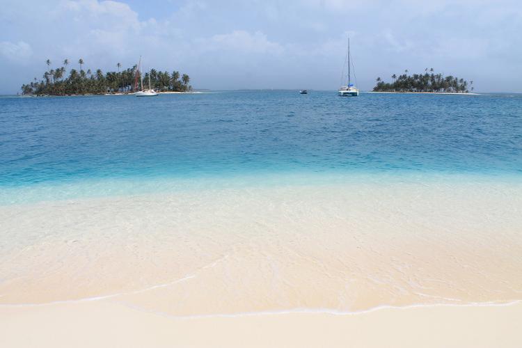 Island hopping Panama to Colombia