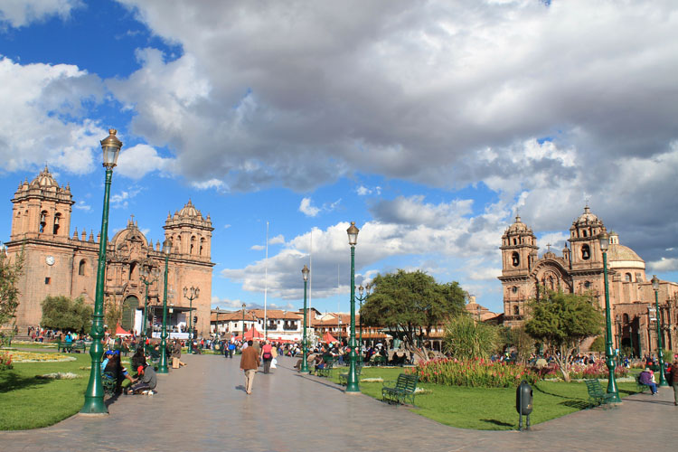 Spanish style and Inca ruins in Cusco -- Plaza de Armas