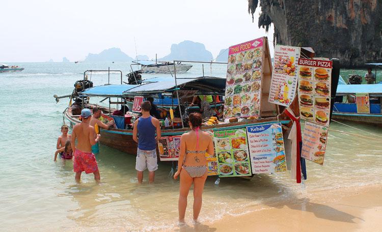 boat-restaurant-krabi