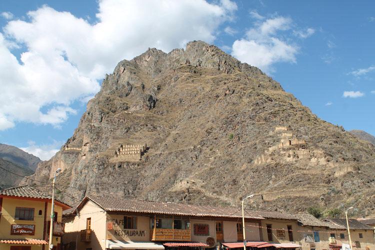 ollantaytambo-town-plaza