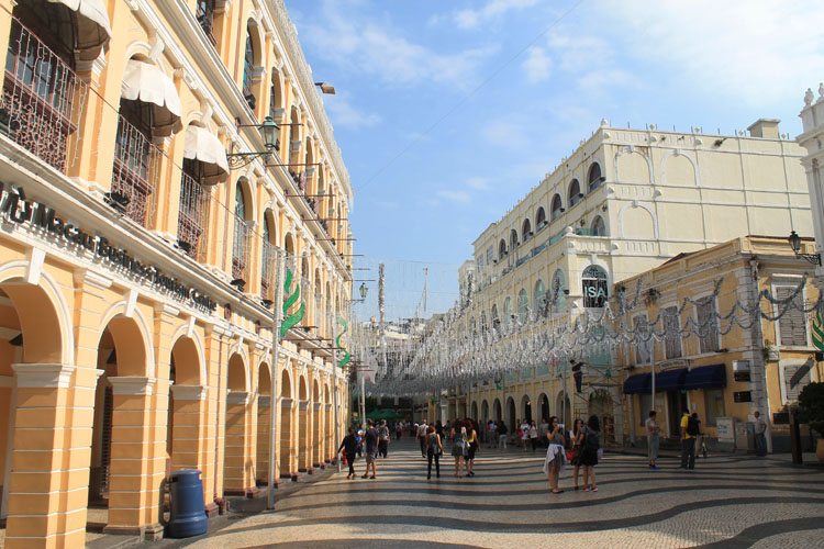 A day trip to Macau: Senado Square