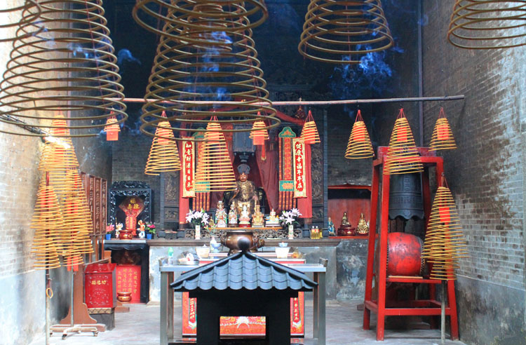 A day trip to Macau: Chinese Temple