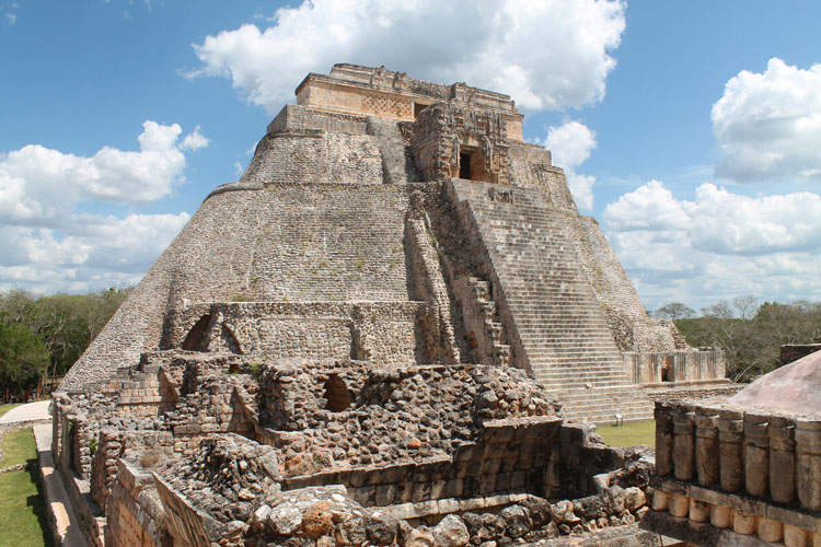 A day trip to Uxmal from Merida: The Pyramid of the Magician