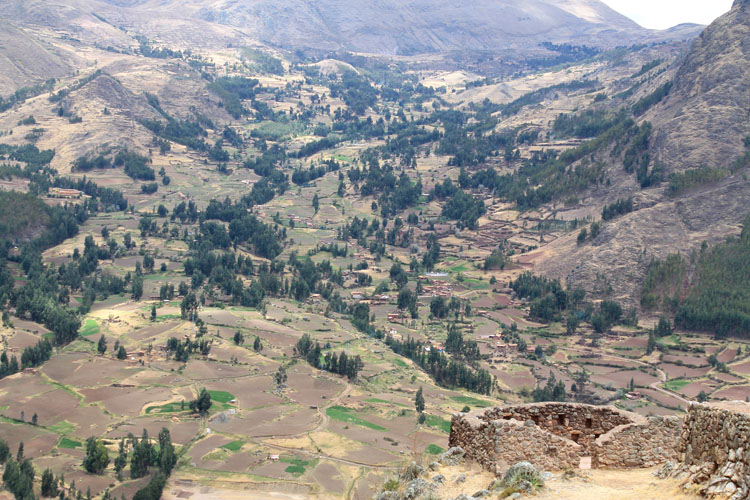 The Sacred Valley and Pisac ruins near Cusco, Peru