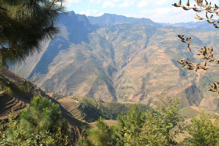 Hiking in Dong Van, Vietnam -- a scenic valley