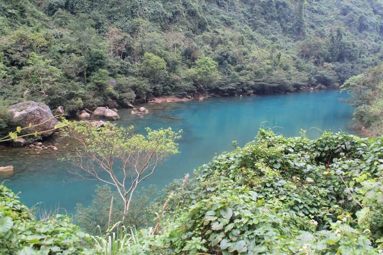 phong-nha-river