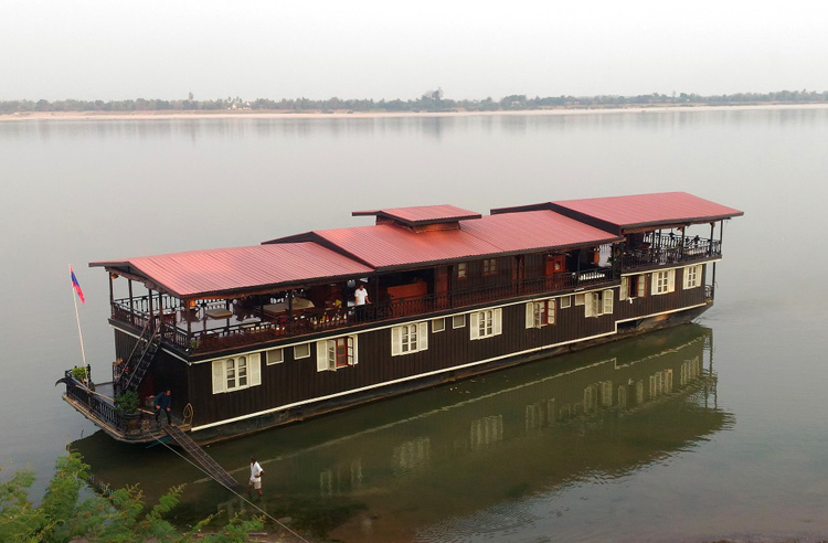 3 day Mekong River cruise boat