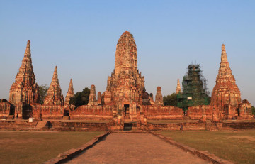 Cycling to the ruins in Ayutthaya, Thailand