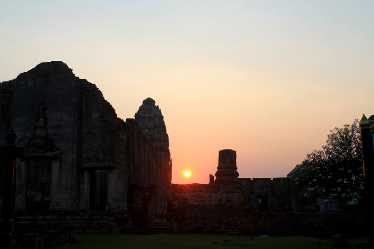 Best sunsets in Thailand -- Lopburi