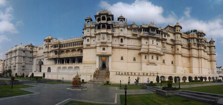 city-palace-india-rajasthan
