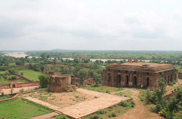 camel-stables-orchha