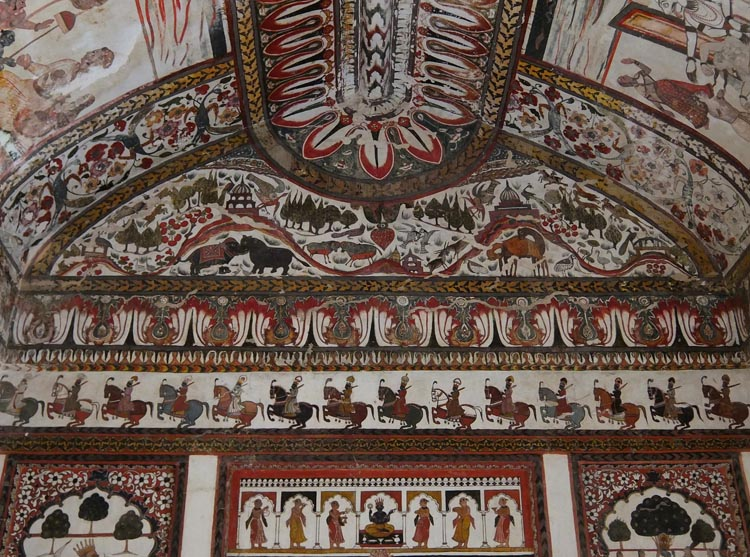 raj-mahal-orchha-paintings