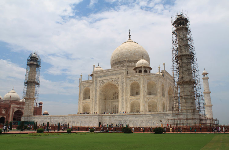 taj-mahal-wonder-of-the-world