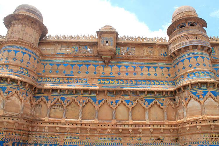 man-mandir-palace-colours