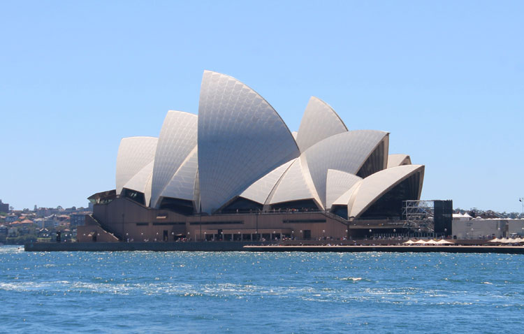 A day in Sydney, Australia -- Sydney Opera House