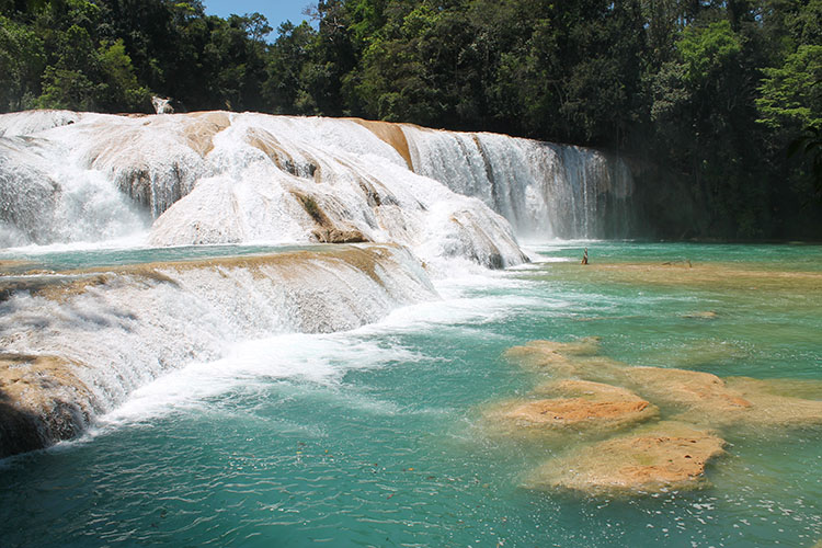 Backpacking in Mexico: Agua Azul