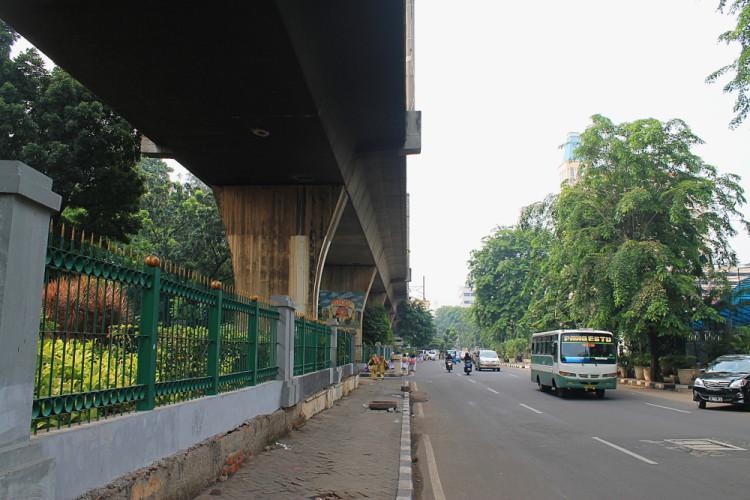 Things to do in Jakarta, Indonesia: Jalan Cikini Raya