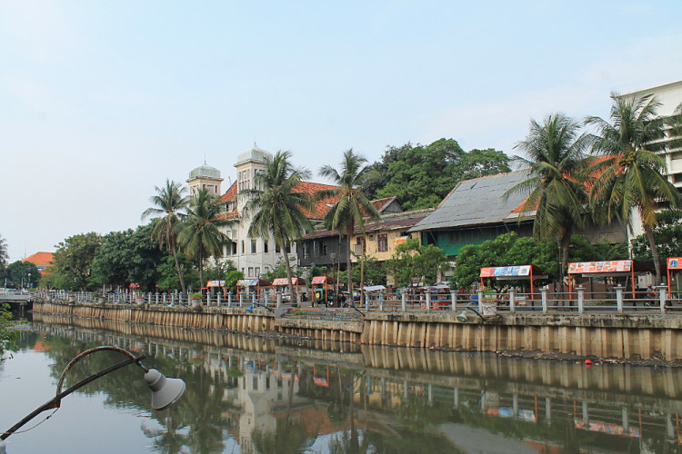 Things to do in Jakarta, Indonesia: Kota River