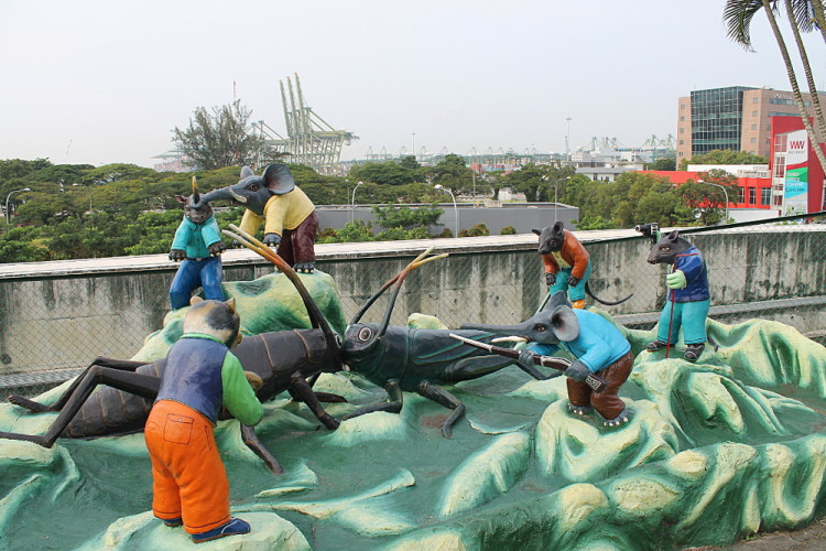 Fighting crickets at Haw Par Villa, Singapore