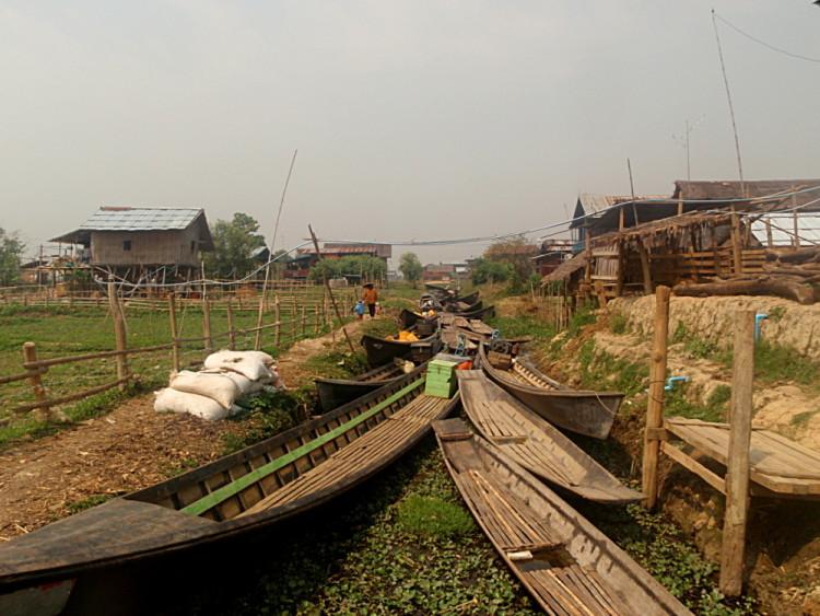 A farm near the market in Inle Lake, Burma (Myanmar)