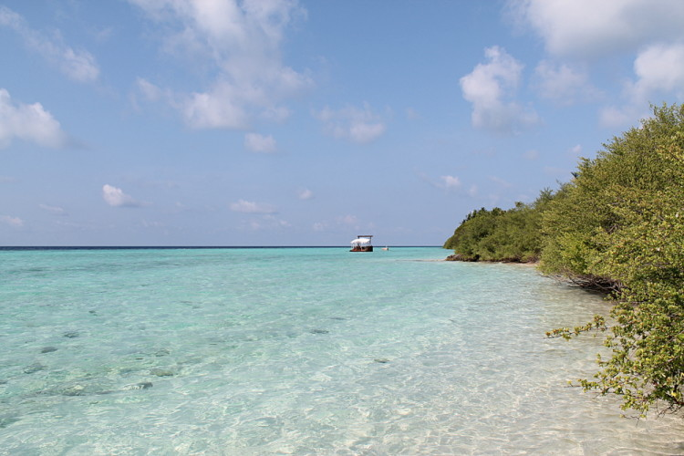 High tide on Asdu Sun Island, the Maldives