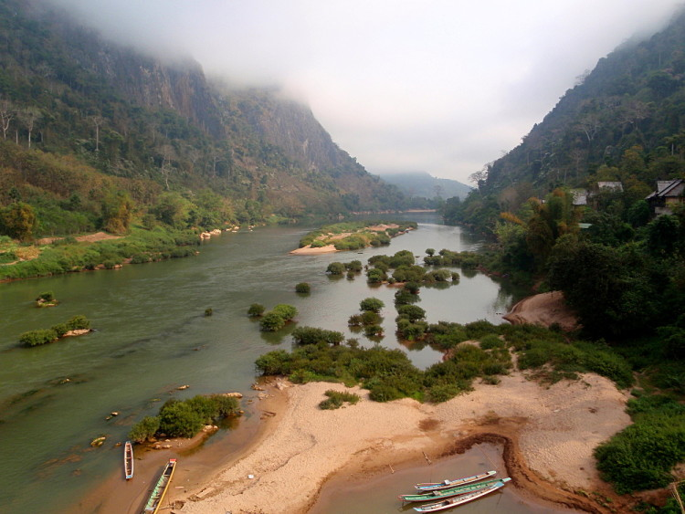Backpacking in Laos - Nong Khiaw
