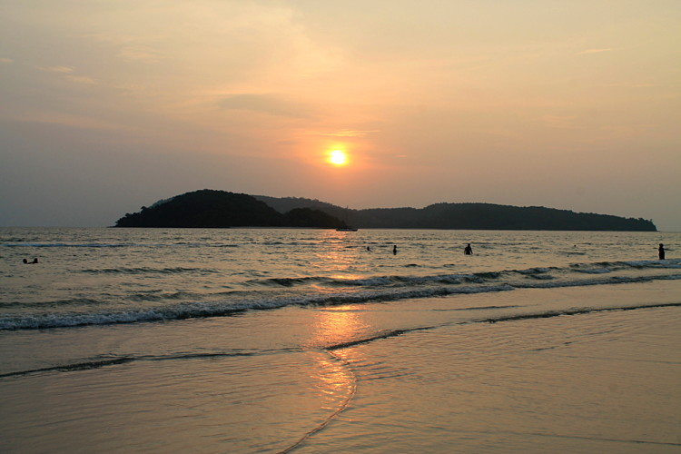 A sunset on Langkawi, one of the best islands in Malaysia