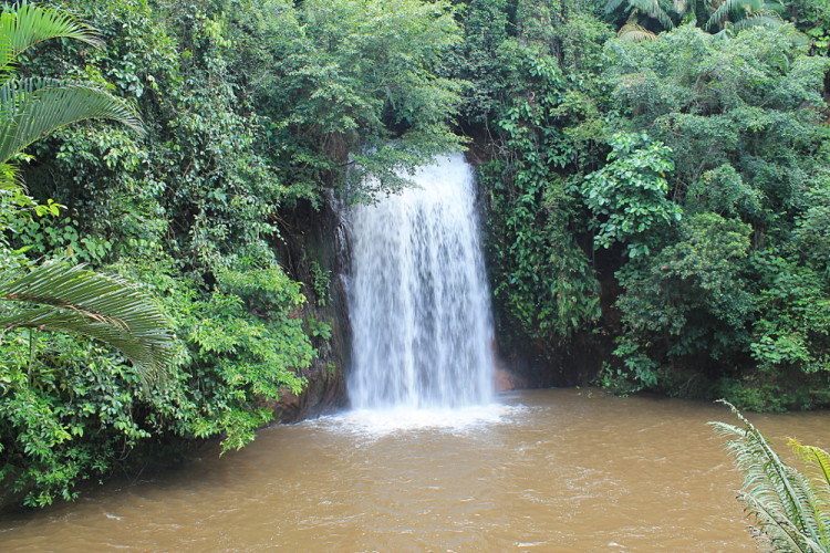 Things to do in Brunei: Tasek Lama waterfall