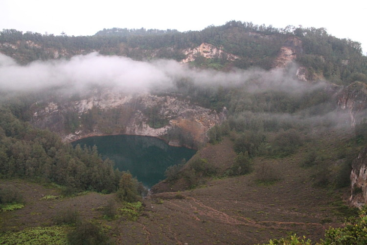 The green lake on Kelimutu, Flores, Indonesia