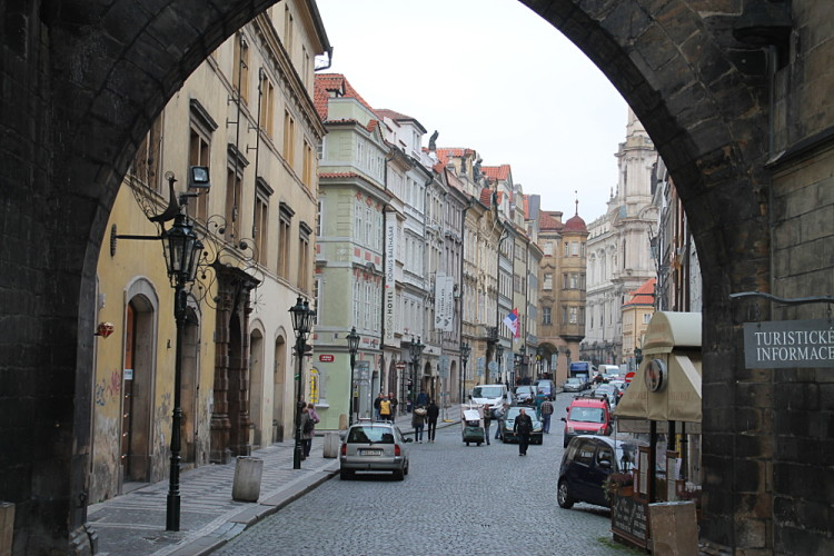 Exploring Prague using tips from a local