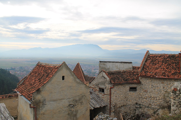 Rasnov - a great day trip during a week in Transylvania