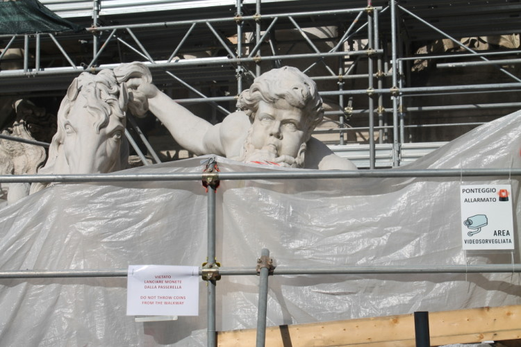 Two days in Rome -- The Trevi Fountain under repair