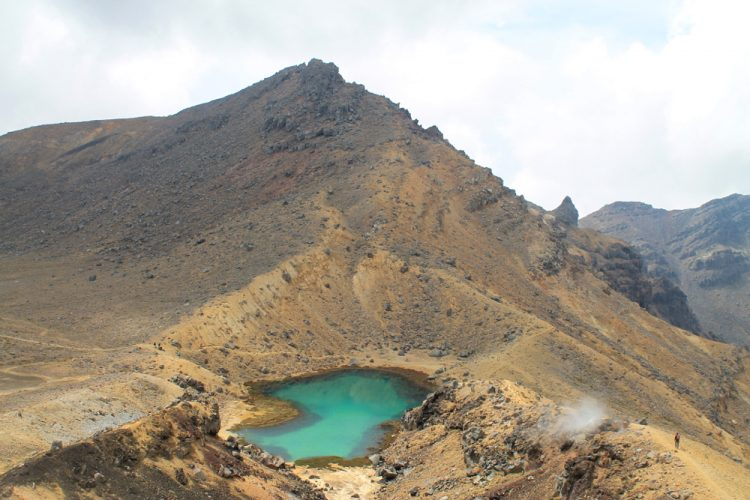 Two week New Zealand itinerary: Tongariro Crossing