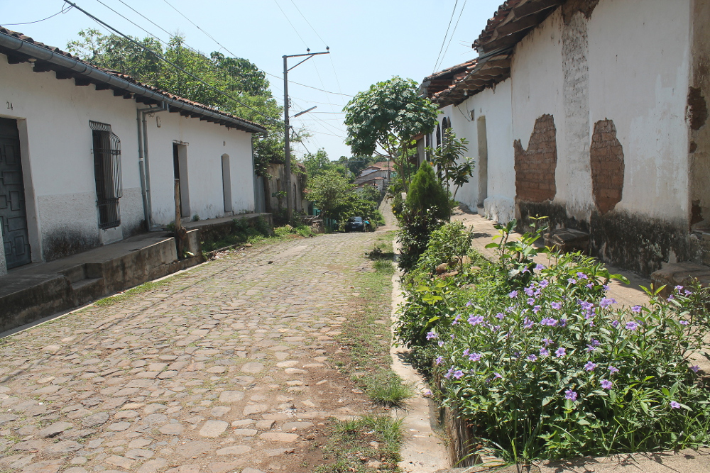 suchitoto-colonial-town-el-salvador