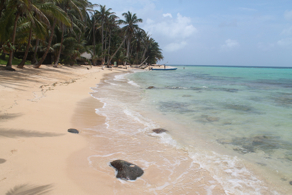 beach-little-corn-island