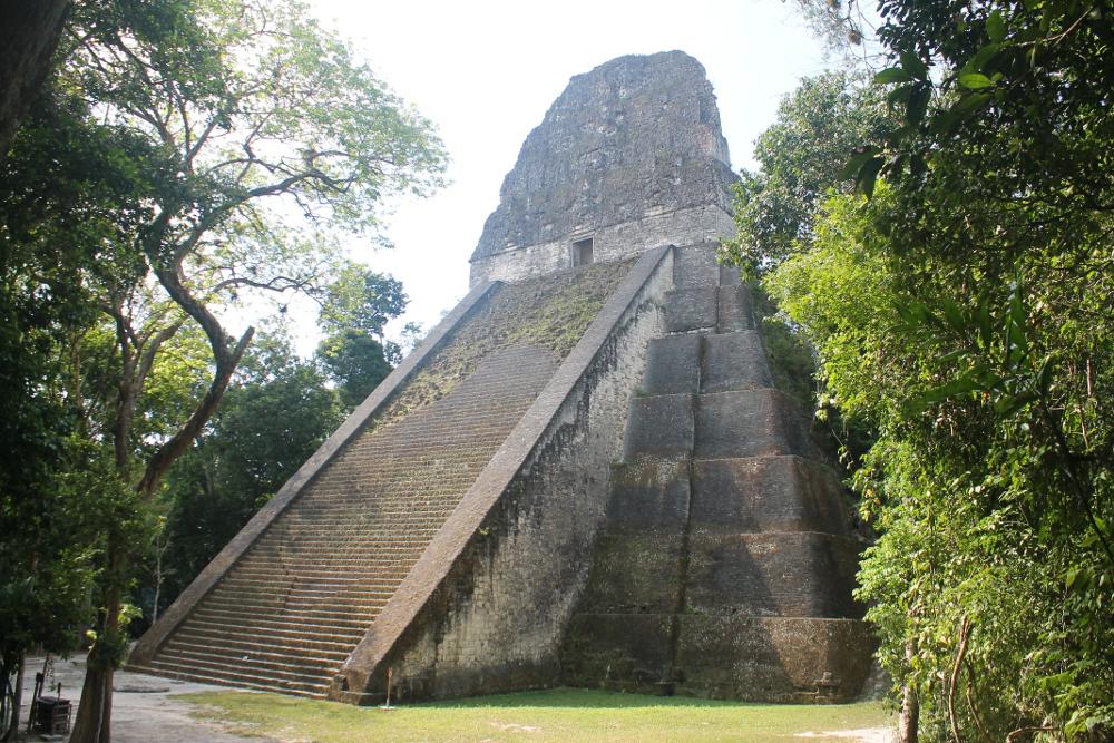 jungle-pyramids-tikal-guatemala