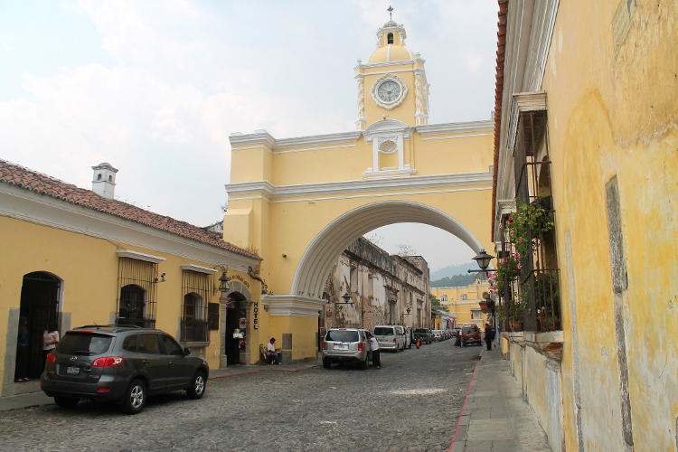 arch-antigua-guatemala